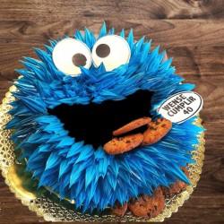 Tarta monstruo de las galletas .
